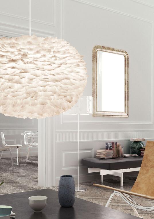 Näyttävä, suurikokoinen valaisin antaa pehmeää ja lämmintä valaistusta olohuoneeseen