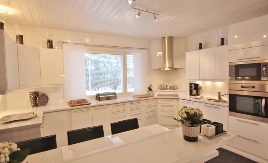 Moderni keittiö 7617824