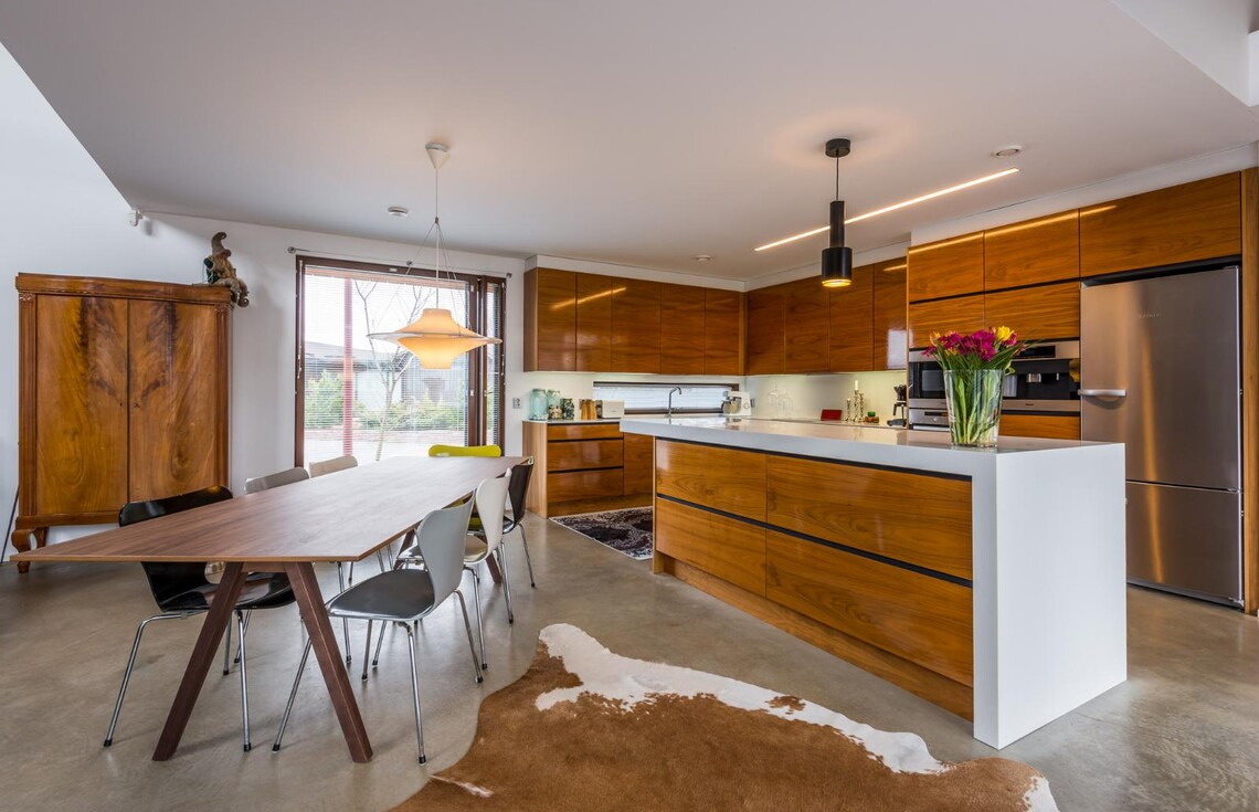 Moderni keittiö 9679598