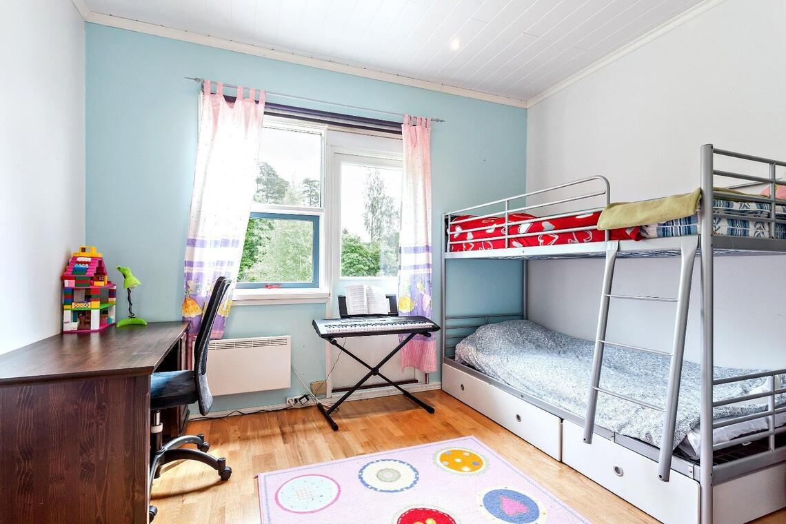 Moderni lastenhuone 9854251