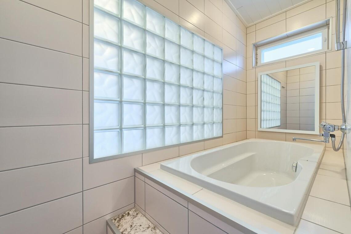Moderni kylpyhuone 1143367