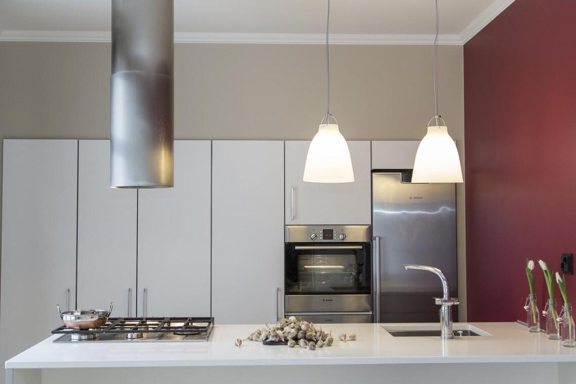Moderni keittiö 9807878