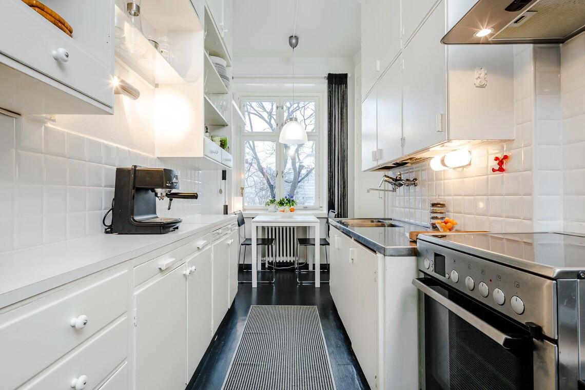 Perinteinen keittiö 9587327