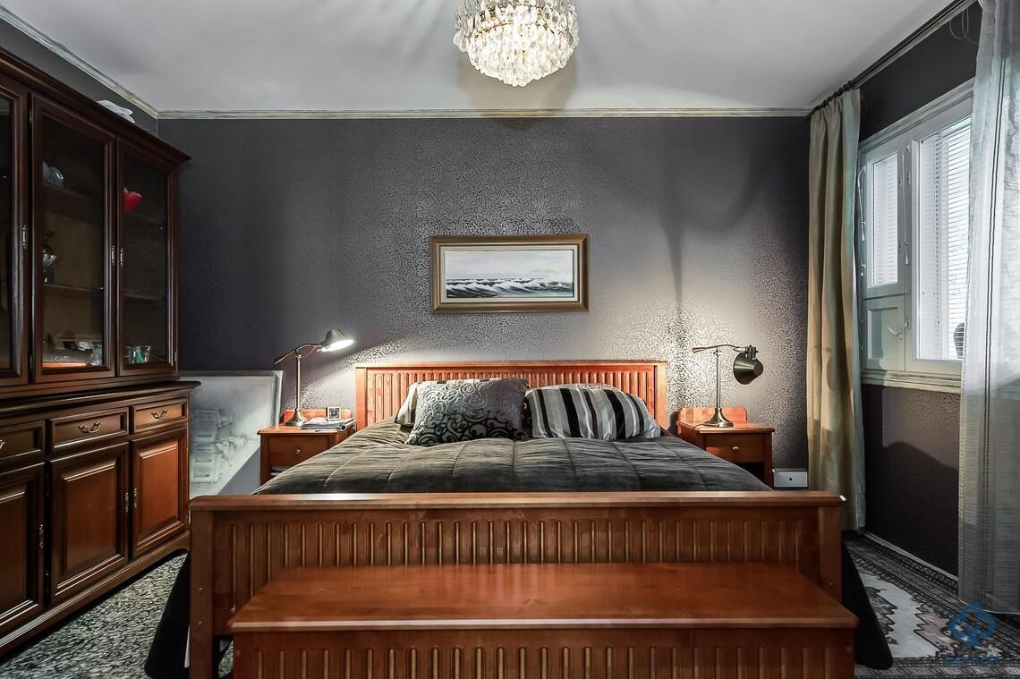 Perinteinen makuuhuone 9645298