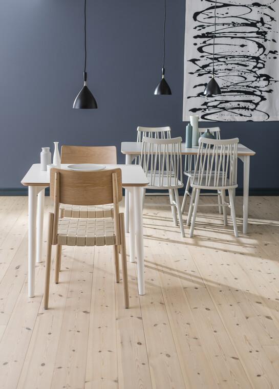 Kauniin kepeät ruokailutilan kalusteet istuvat skandinaaviseen tyyliin