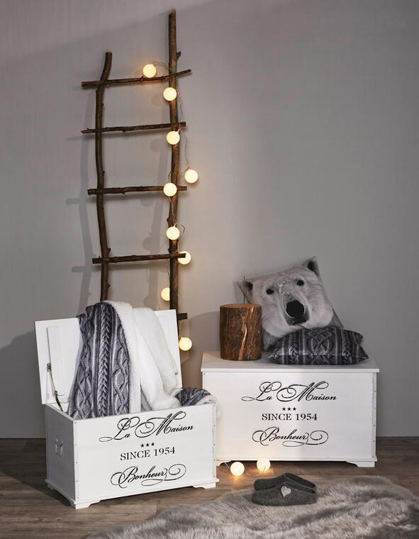 Tunnelmallinen valaistus ja pehmeät tekstiilit kuuluvat ihanaan talvikotiin