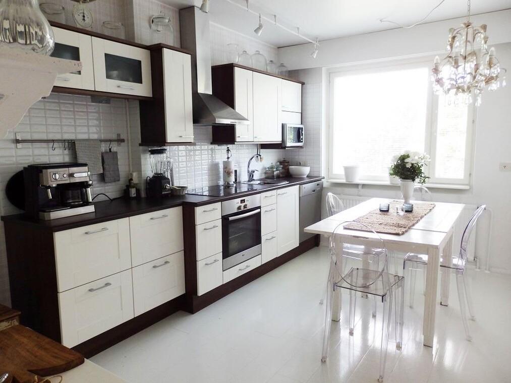 Perinteinen keittiö 541636