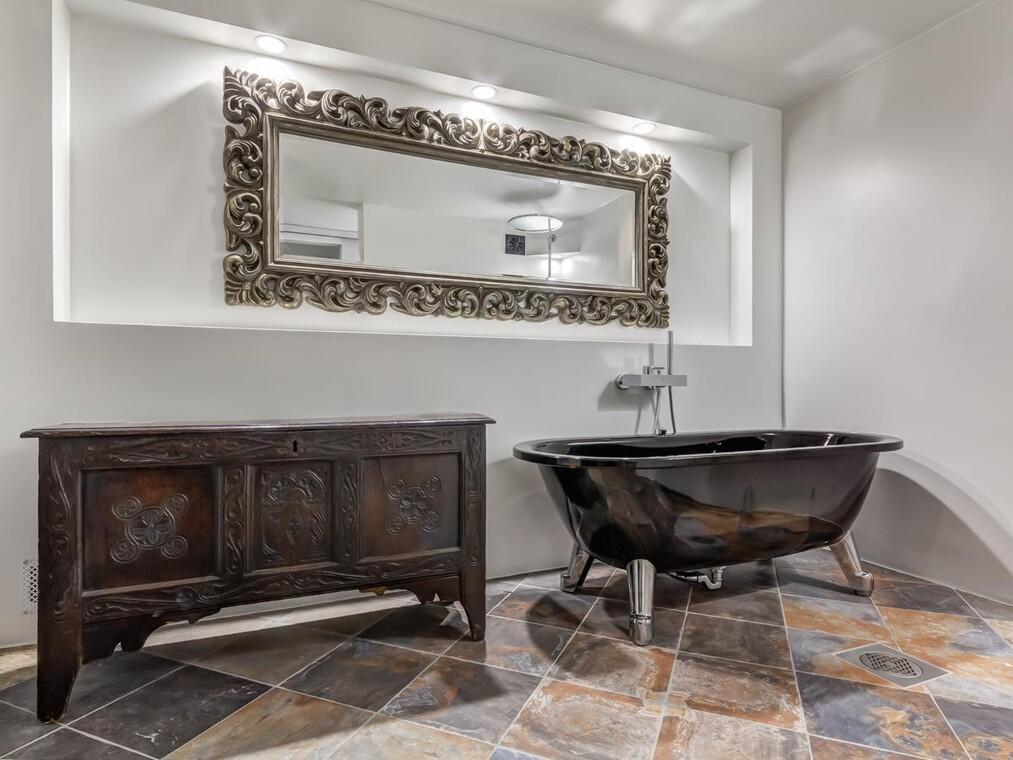 Moderni kylpyhuone c24296
