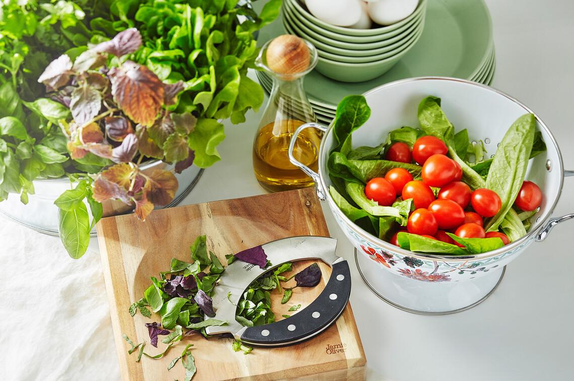 Kauniit ja käytännölliset ruuanlaittovälineet tekevät kokkailusta mukavaa