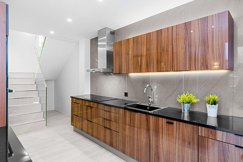 Moderni keittiö 7658255