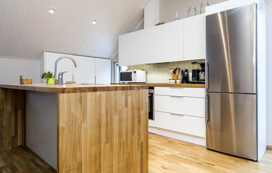 Moderni keittiö 7671938
