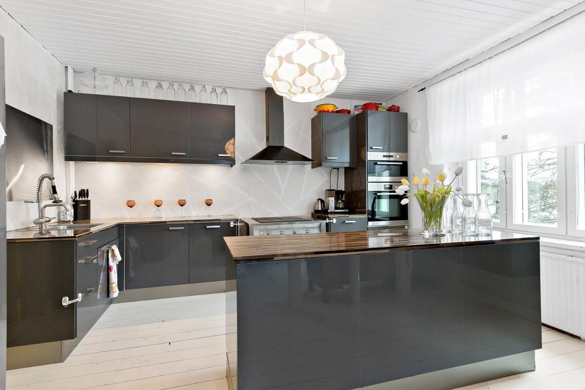 Moderni keittiö 9699540