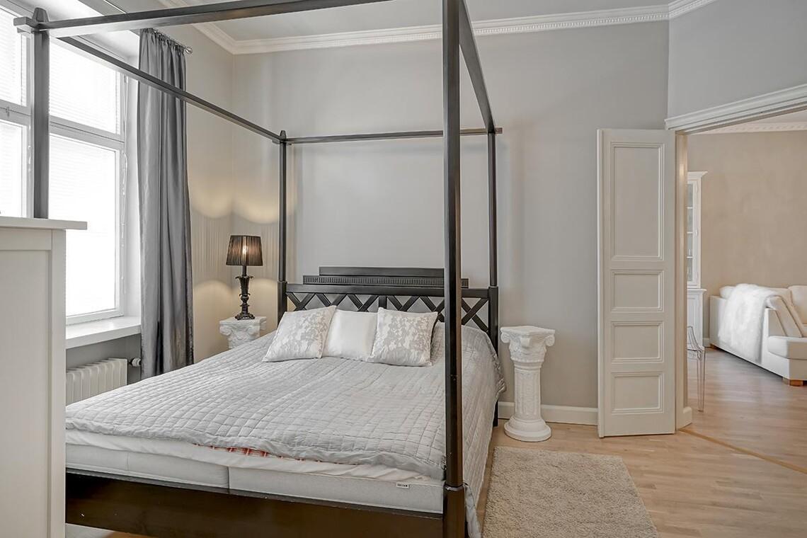 Skandinaavinen makuuhuone 9693753