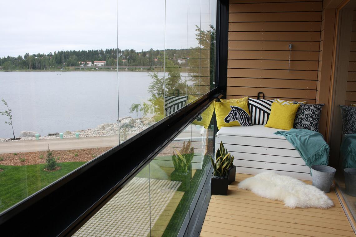 Parveke kohteessa Brand New Oldies, Asuntomessut 2014 Jyväskylä