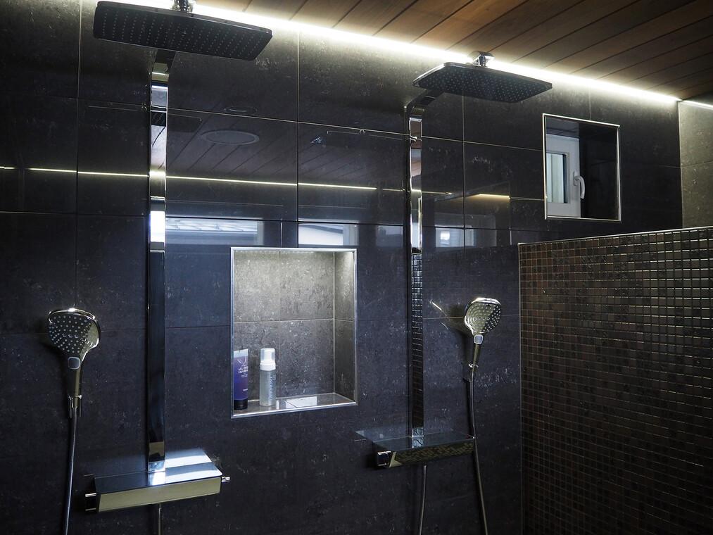 Kylpyhuone kohteessa Lakeuden Jämerä Kutsu, Asuntomessut 2016 Seinäjoki