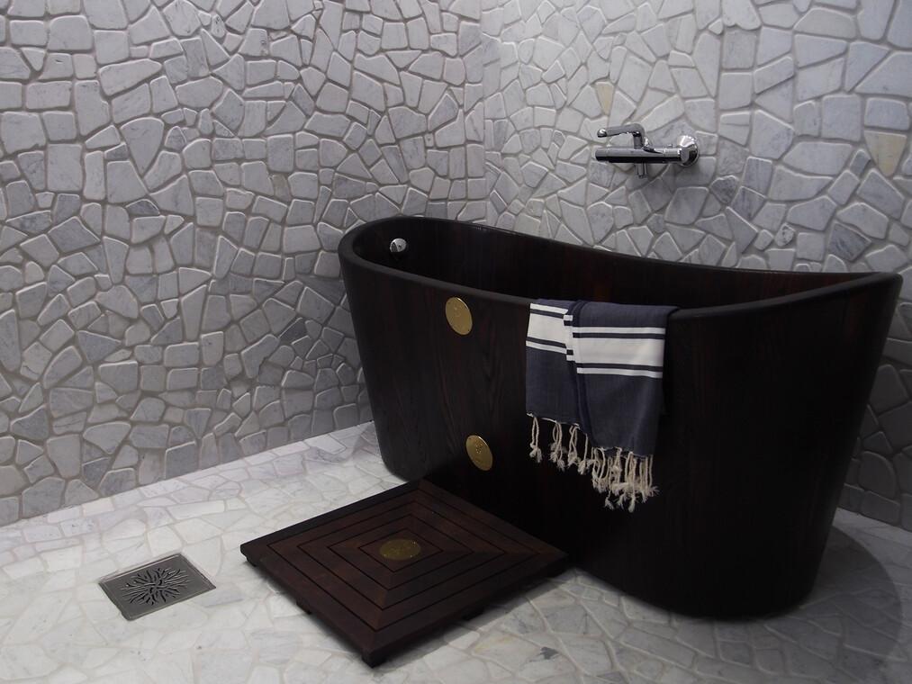 Kylpyhuone kohteessa Lumimustikka, Asuntomessut 2016 Seinäjoki