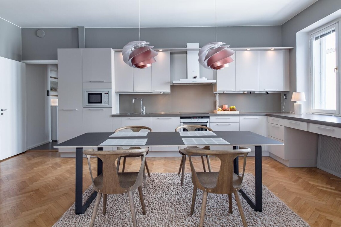 Kaunis moderni keittiö