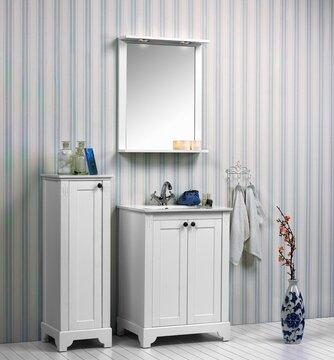 Klassinen ja moderni muotokieli kohtaavat kauniissa kylpyhuonekalusteissa