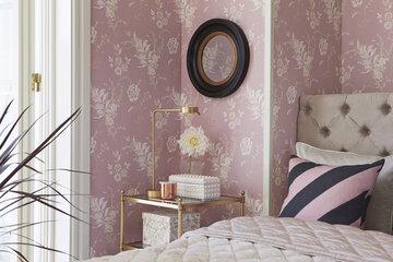 Elegantti ja herkkä tapettivalinta makuuhuoneessa