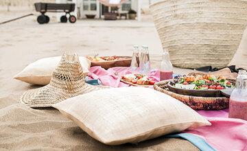 Piknikillä on kaksinverroin kivempaa, kun ruuat kattaa kauniisti