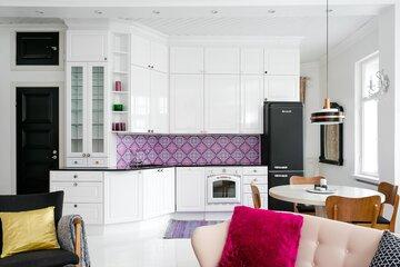 Perinteinen keittiö 9875182