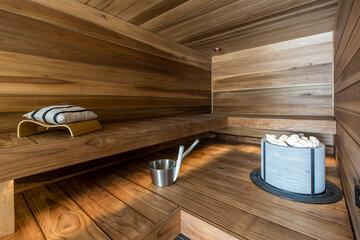 Sauna Pyhäjärvinäkymin – ennen ja jälkeen muutoksen