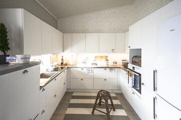 Keittiö kohteessa Tiilerikoti, Asuntomessut 2015 Vantaa