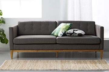 Sohva hurmaa retrohenkisyydellään