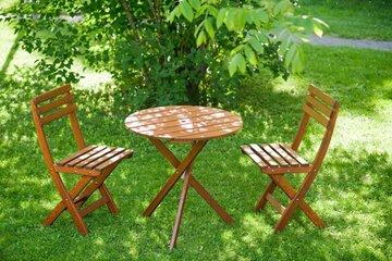 Sirot puutarhakalusteet pienelle terassille tai parvekkeelle