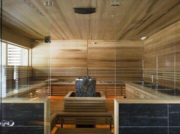 Suuri huvilan sauna