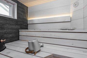 Kauniita pintamateriaaleja saunassa