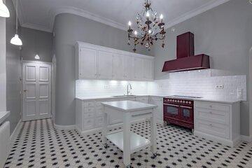 Klassisen kaunis keittiö