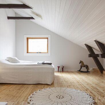 Perinteinen makuuhuone 9822402