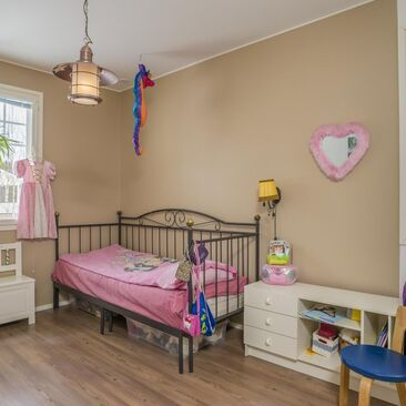 Moderni lastenhuone 9455848