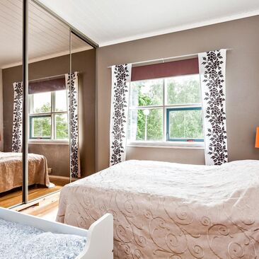 Perinteinen makuuhuone 9854251