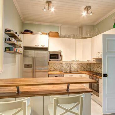 Perinteinen keittiö 9404648