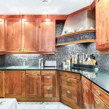 Perinteinen keittiö 9645298