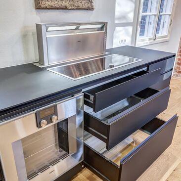 Moderni keittiö c24296