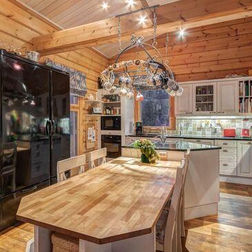 Perinteinen keittiö c38279