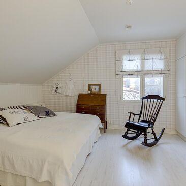 Maalaisromanttinen makuuhuone 9880712