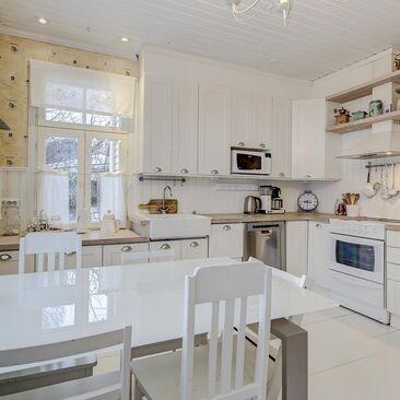 Maalaisromanttinen keittiö 9880712