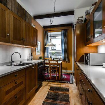 Perinteinen keittiö 9959884