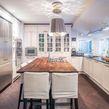 Maalaisromanttinen keittiö 9910761