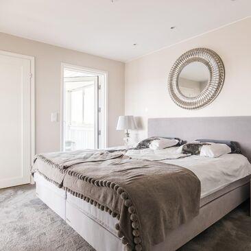 Kaunis ja viihtyisä makuuhuone
