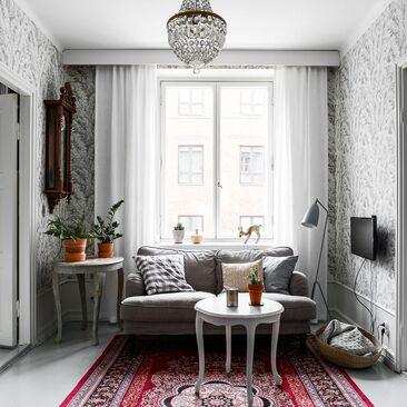 Viihtyisä pieni olohuone
