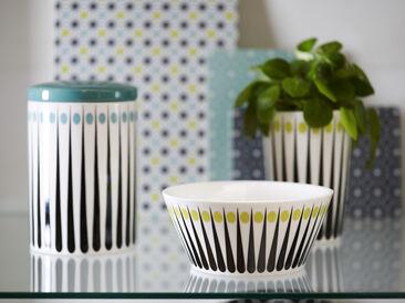 Kuvioitu astiasarja säilytykseen, tarjoiluun tai vaikka huonekasveille