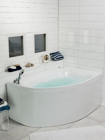 Sisustuksellinen ja kompakti poreamme kylpyhuonetilan nurkkauksessa