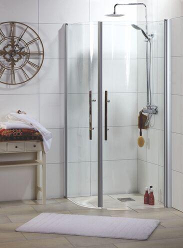 Hienostuneen moderni lasiovinen suihkunurkkaus