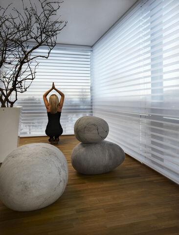 Luonnon elementeillä harmoninen tunnelma olohuoneeseen.