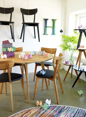 Rowicon puiset huonekalut sopivat moneen eri tilaan